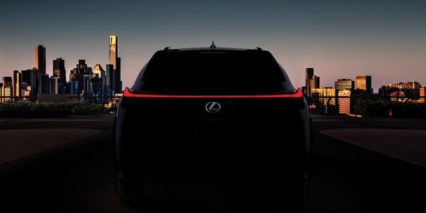 Toyota與Lexus聯手翻轉第四季?  五門掀背Auris+跨界輕旅UX,雙震撼!