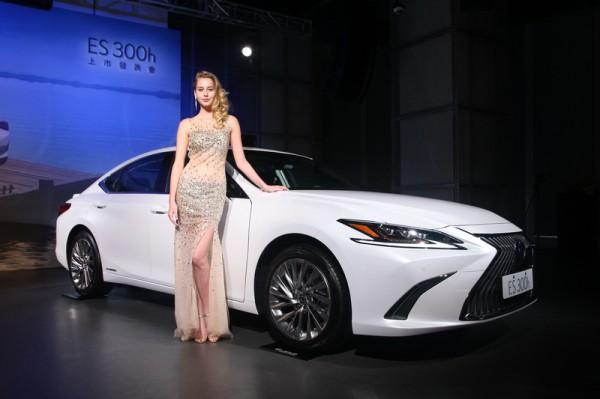 Hybrid車系電池保固延長 Lexus ES300h三種等級