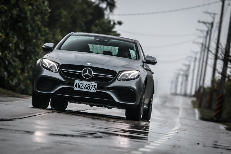 紳士殺手Mercedes-AMG E63