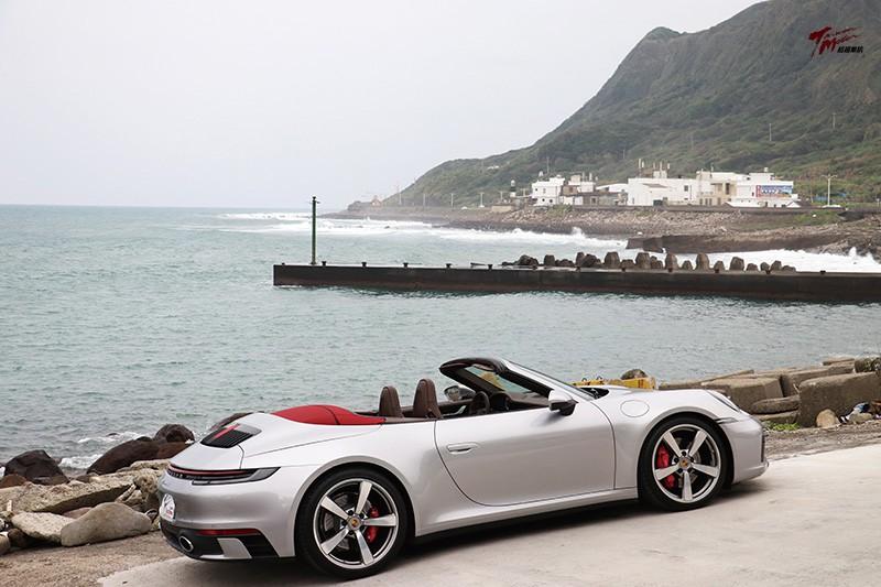 美人當前誰不醉 Porsche 911 Carrera S Cabriolet