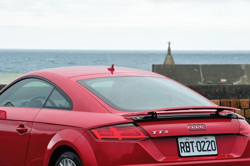 Simply Fun讓自己飛  Audi TTS