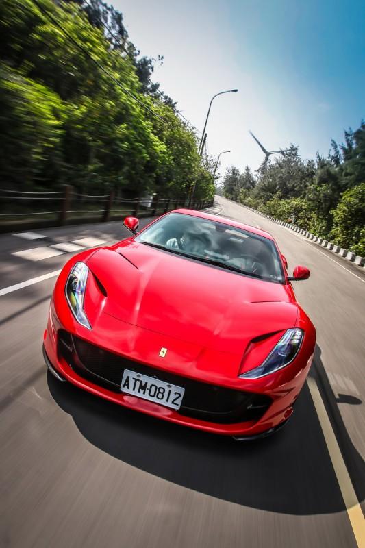 天下無敵-Ferrari 812 Superfast