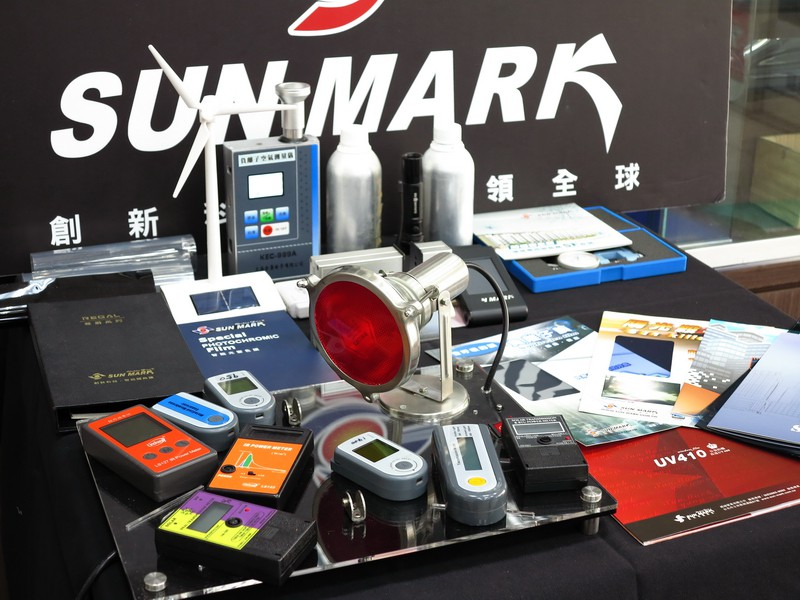 SunMark X5黑傑克-桑瑪克頂級隔熱膜車友試用報告
