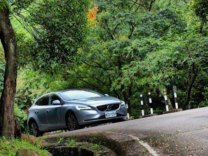 最超值的安全入門選 Volvo V40 T3安全智尚版