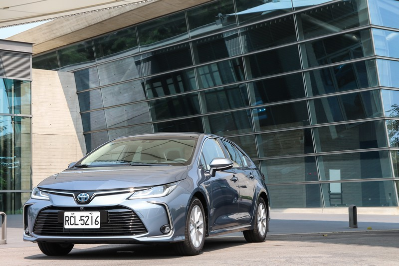 扛起國產車復興之責—Toyota Corolla Altis