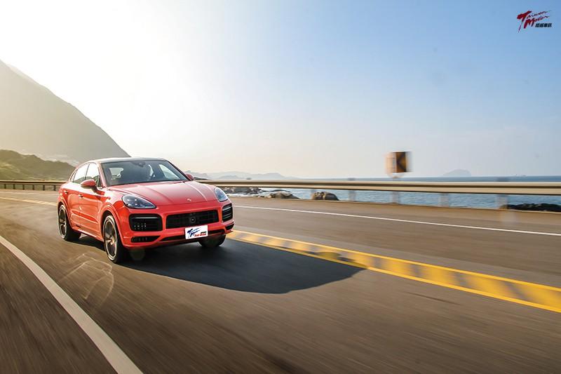 今天,騷包一下-Porsche Cayenne S Coupe