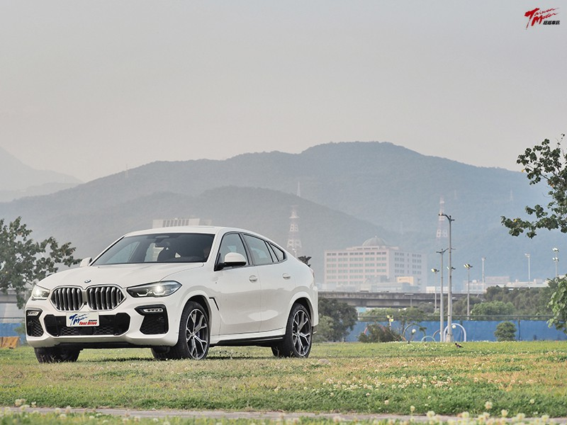 穿著跑鞋的高富帥-BMW X6 xDrive40i M Sport
