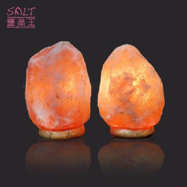 鹽燈專家【鹽晶王】正宗巴基斯坦玫瑰鹽燈2~4kg《紋石底座》《兩入組》,開運必備。