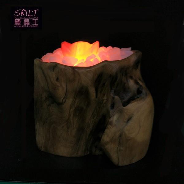 鹽燈專家【鹽晶王】台灣檜木鹽燈《蓬萊寶袋》。