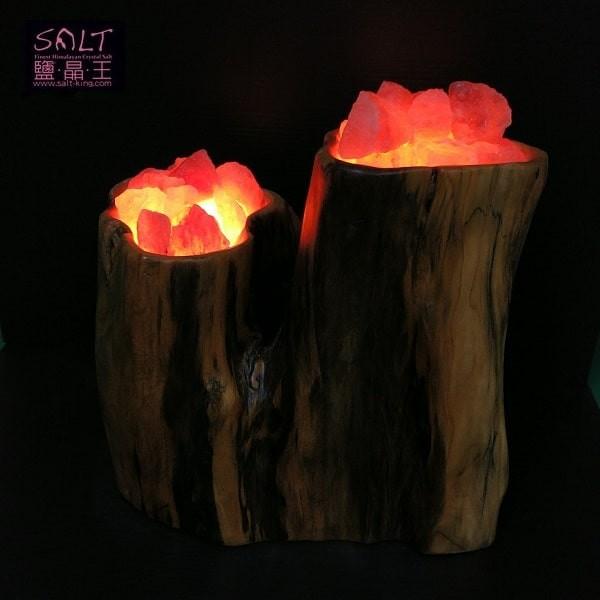 鹽燈專家【鹽晶王】台灣檜木鹽燈《槃樂倍展》。